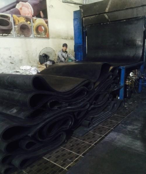 Tấm Cao su Chịu Dầu0